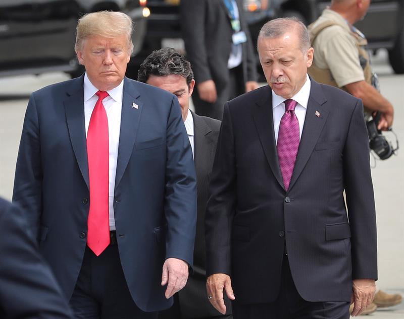 Trump y Erdogan en la última cumbre de la OTAN.