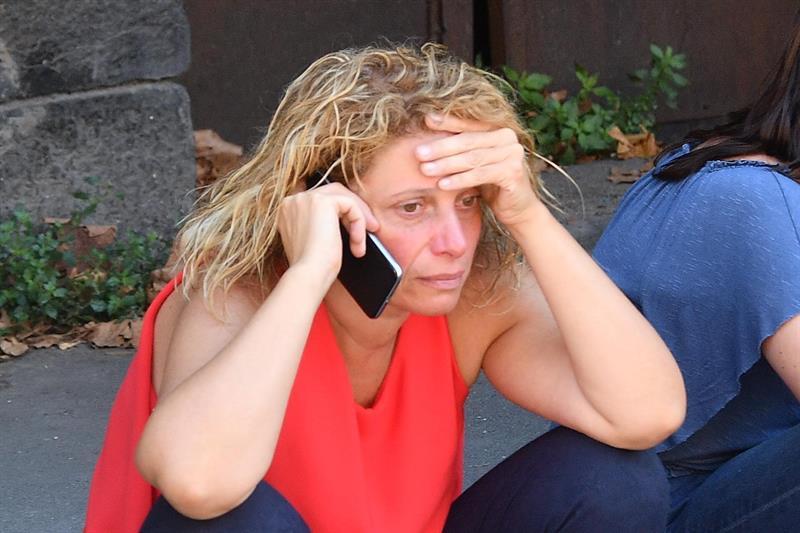 Una italiana, desplazada por el derrumbe del puente de Génova.