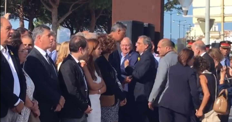 Xabier García Albiol y Quim Torra en el homenaje en Cambrils.
