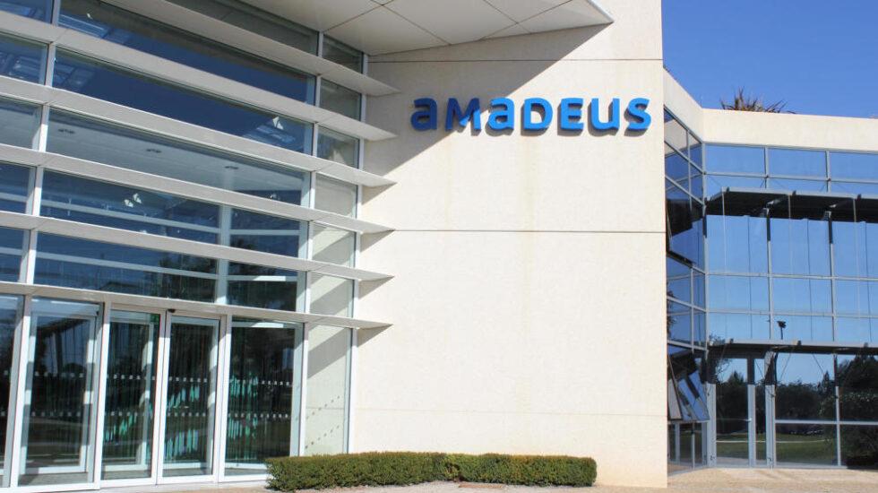 Amadeus compra TravelClick para formar un líder en tecnología para hoteles.