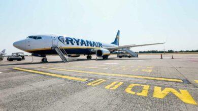 """Los sindicatos denuncian """"prácticas mafiosas"""" de Ryanair para evitar las huelgas"""