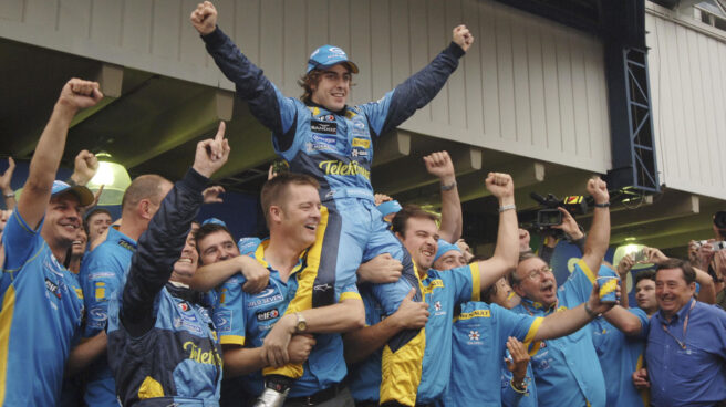 Fernando Alonso campeón con Renault 2005
