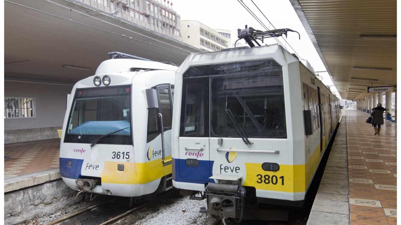 Un tren de Feve en Santander.