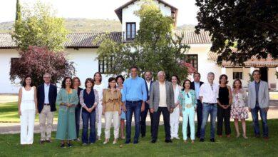 """Sánchez se lleva a Pablo Iglesias y a los ministros al """"rancho de Aznar"""""""