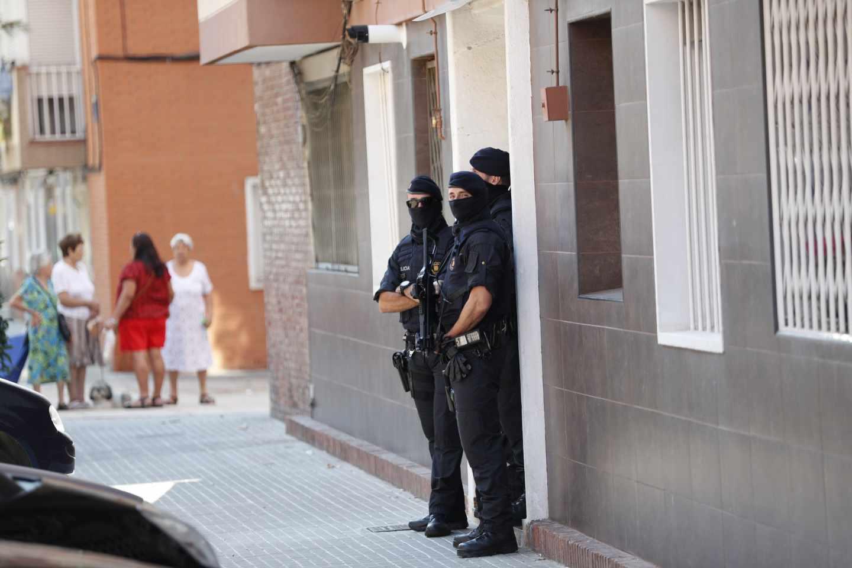 """Gobierno y Generalitat colaboran """"al más alto nivel"""" para aclarar el ataque de Cornellà"""