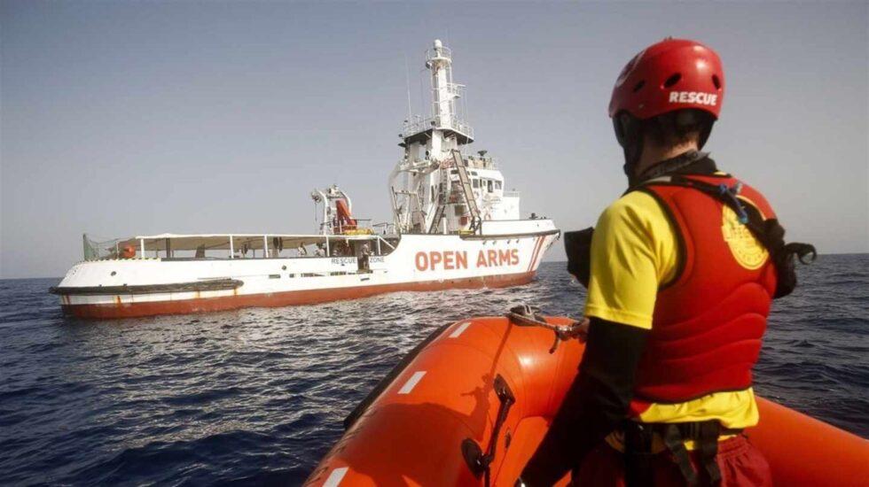 El Open Arms, en aguas del Mediterráneo.