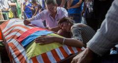 Los padres de Pernalete denuncian que fue víctima de un plan orquestado por Maduro