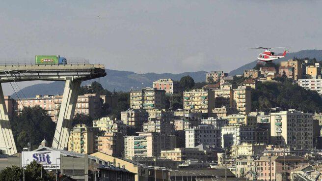 Restos del puente de Génova