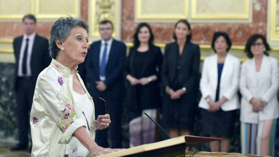 La primera polémica de Rosa María Mateo: TVE sí informó del fichaje de Begoña Gómez.