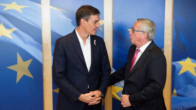 Pedro Sánchez y Jean-Claude Juncker.