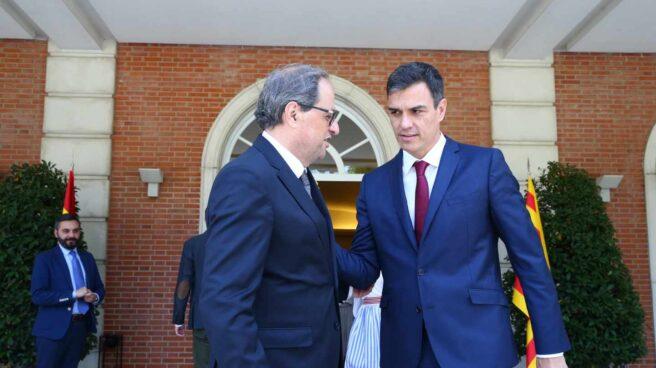 El president de la Generalitat, Quim Torra, y el presidente de Gobierno, Pedro Sánchez, el pasado agosto en la Moncloa.