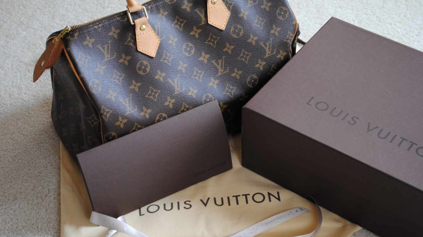 Productos de la marca de lujo Louis Vuitton.