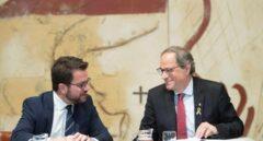 El presidente de la Generalitat, Quim Torra, junto al vicepresidente y titular del departamento de Economía y Hacienda, Pere Aragonés.