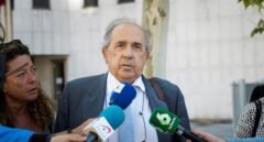 La juez ofrece a la Comunidad de Madrid acusar a Álvarez Conde por su 'tarjeta black'