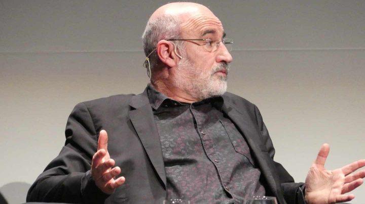 El escritor vasco, Fernando Aramburu, durante su intervención en unas jornadas en Bilbao.