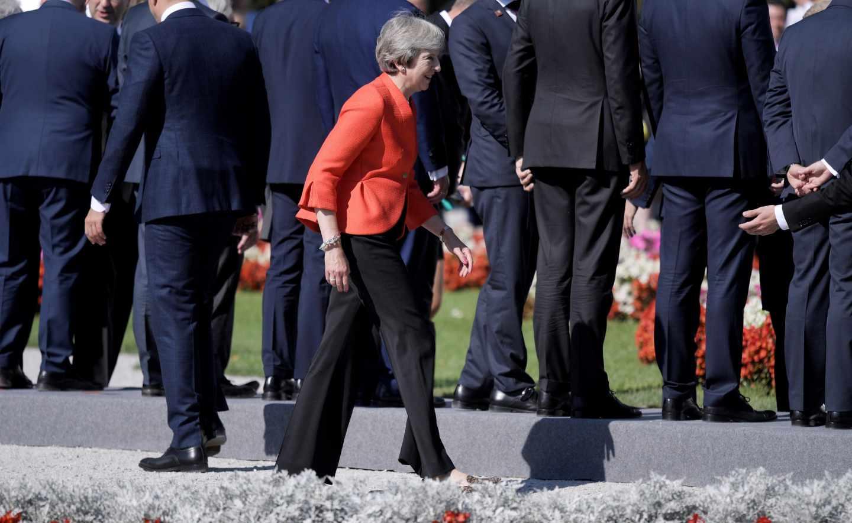 Theresa May, primera ministra británica, en la cumbre europea de Salzburgo.
