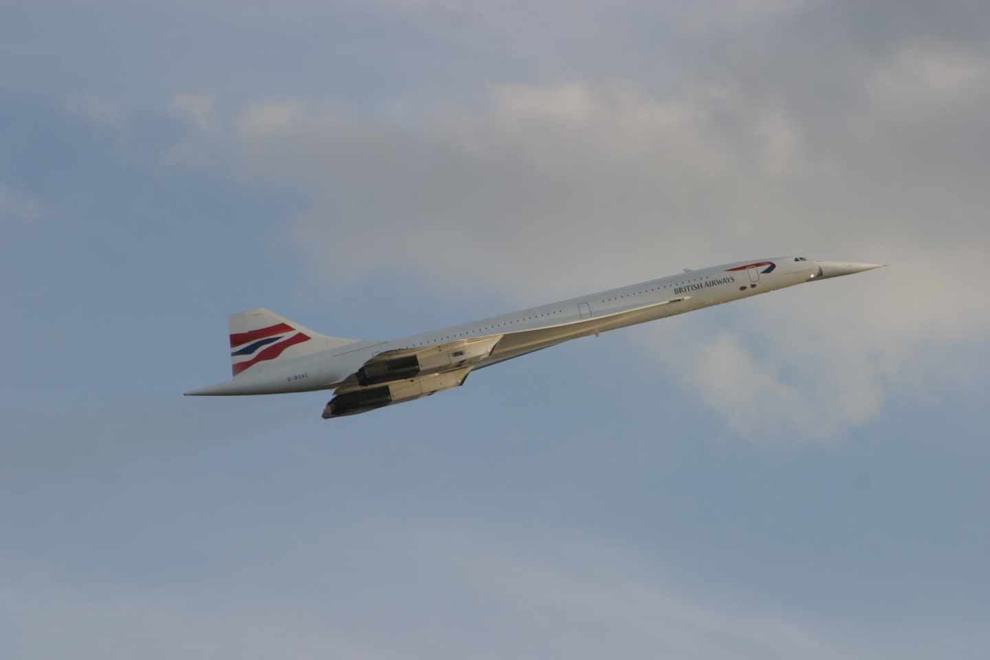 Un Concorde de British Airways en vuelo
