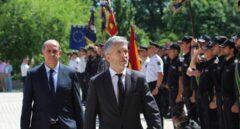 El ministro del Interior, Fernando Grande-Marlaska, y el director general de la Policía Nacional, Francisco Pardo Piqueras.
