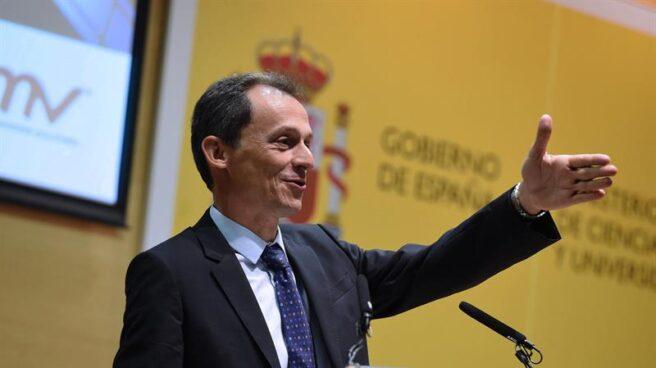 El ministro de Innovación Pedro Duque en la presentación del contrato con 'Galileo'
