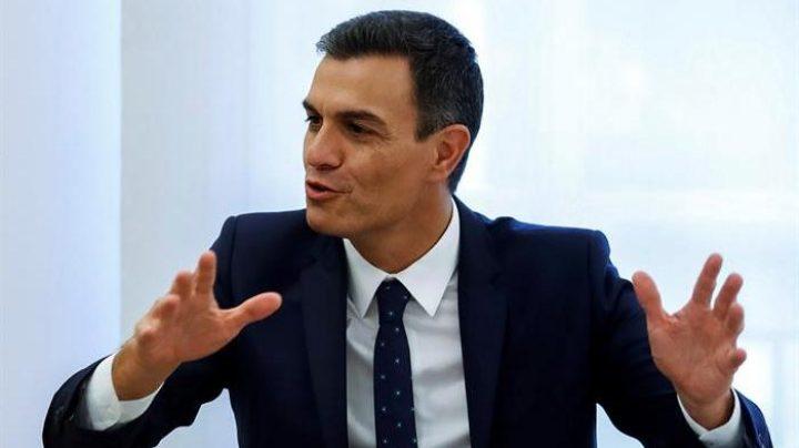 Pedro Sánchez, durante la recepción ofrecida este jueves al presidente de La Rioja en La Moncloa.