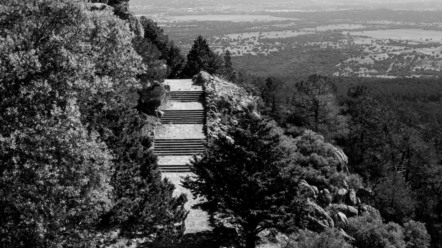 El Camino Real De La Cruz La Ruta Oculta Por El Valle De Los Caídos