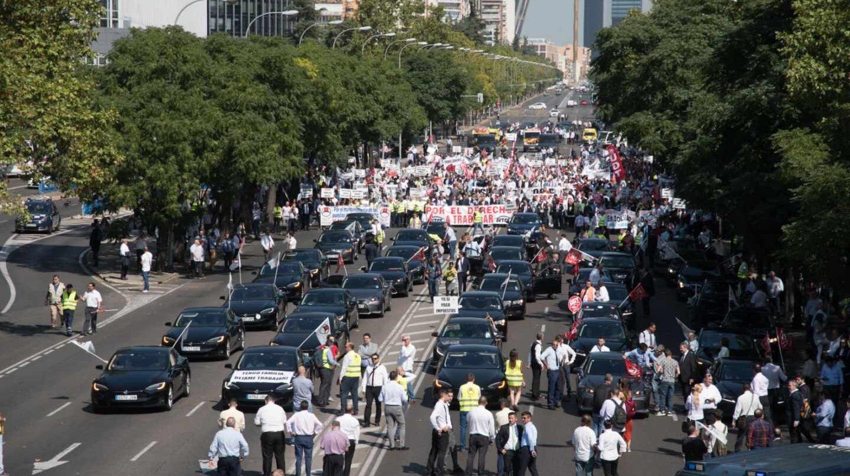 Manifestación de conductores con licencia VTC en Madrid.