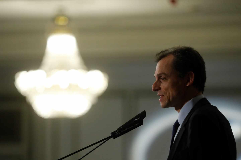 El ministro de Ciencia, Innovación y Universidades, Pedro Duque, durante su intervención en el desayuno informativo de Fórum Europa