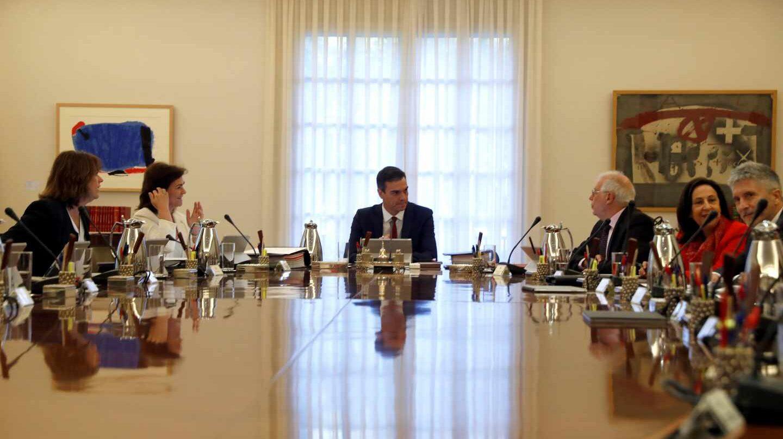 Pedro Sánchez preside el Consejo de Ministros.