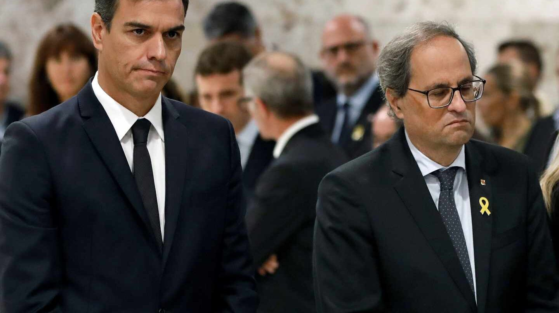 Pedro Sánchez y Quim Torra, durante la ceremonia por la muerte de Montserrat Caballé.