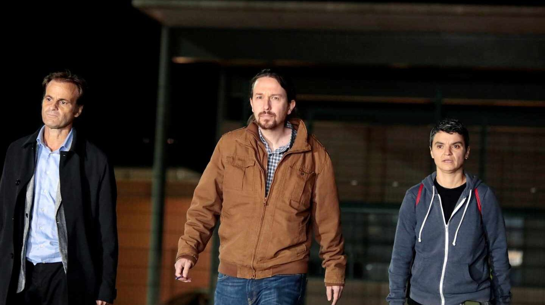 Pablo Iglesias sale de la cárcel de Lledoners.