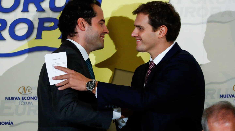 El portavoz de Ciudadanos en Madrid, Ignacio Aguado, junto a Albert Rivera.