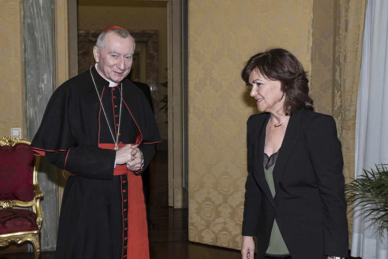 Carmen Calvo, en su reunión con el secretario de Estado vaticano, Pietro Parolin, el 29 de octubre de 2018.