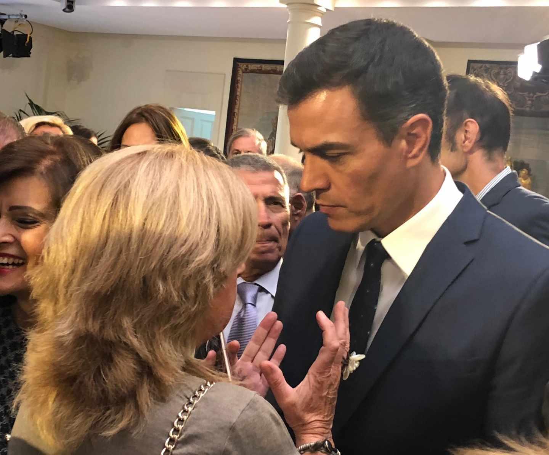 La presidenta de Covite, Consuelo Ordóñez, durante su encuentro con Pedro Sánchez tras el acto por el final de ETA.