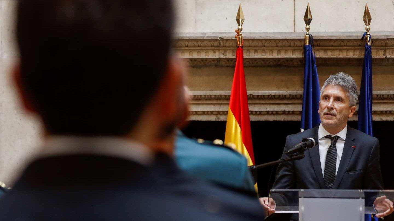 Fernando Grande-Marlaska, durante su intervención este martes en la entrega de condecoraciones a miembros de la Policía Nacional y de la Guardia Civil.