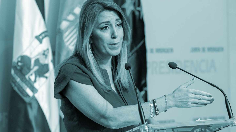 La presidenta de la Junta de Andalucía, Susana Díaz, durante su comparecencia esta tarde en el Palacio de San Telmo en Sevilla, tras firmar el decreto de disolución del Parlamento autonómico y de la convocatoria de elecciones andaluzas anticipadas para el próximo 2 de diciembre.