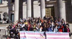 Transexuales inician una huelga de hambre para exigir a Podemos que tramite su ley