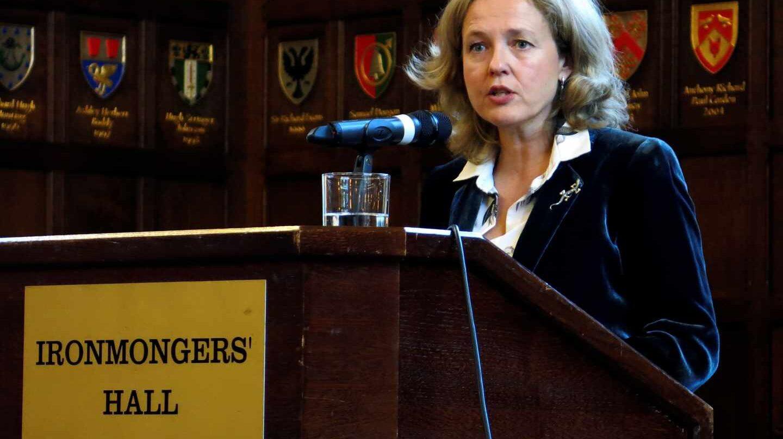 La ministra de Economía, Nadia Calviño, durante su conferencia ante inversores en Londres.