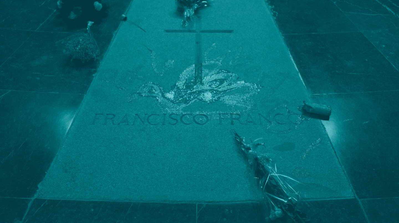 La tumba de Franco tras la intervención de Enrique Tenreiro.