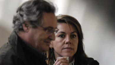 El juez imputa a Cospedal y su marido, Ignacio López del Hierro, por el espionaje a Bárcenas