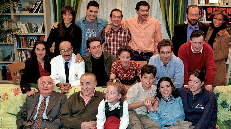 """Elenco de la serie """"Médico de Familia"""""""
