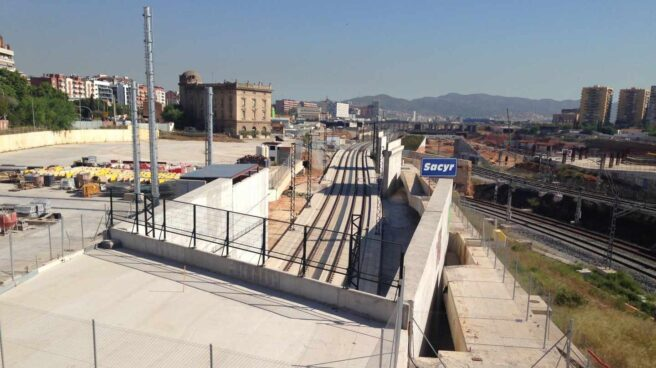 Obras del AVE en el barrio de la Sagrera, en Barcelona, en mayo de 2014.