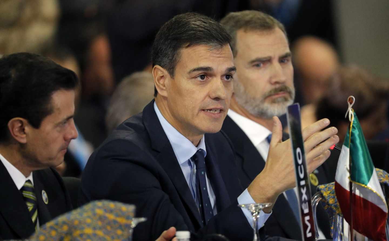 Pedro Sánchez y Felipe VI, en la Cumbre Iberoamericana.