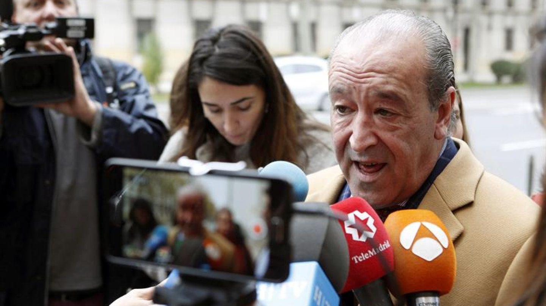 """El letrado zaragozano Javier Notivoli, abogado del empresario César Román, conocido como """"el rey del cachopo""""."""