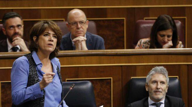La ministra de Justicia, Dolores Delgado, durante la sesión de control de este miércoles
