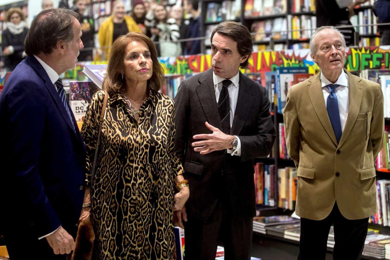 Creuheras, Botella, Aznar y Piqué, en Barcelona.