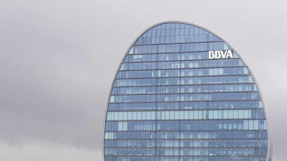 BBVA sufre en bolsa con la amenaza de México de limitar las comisiones.