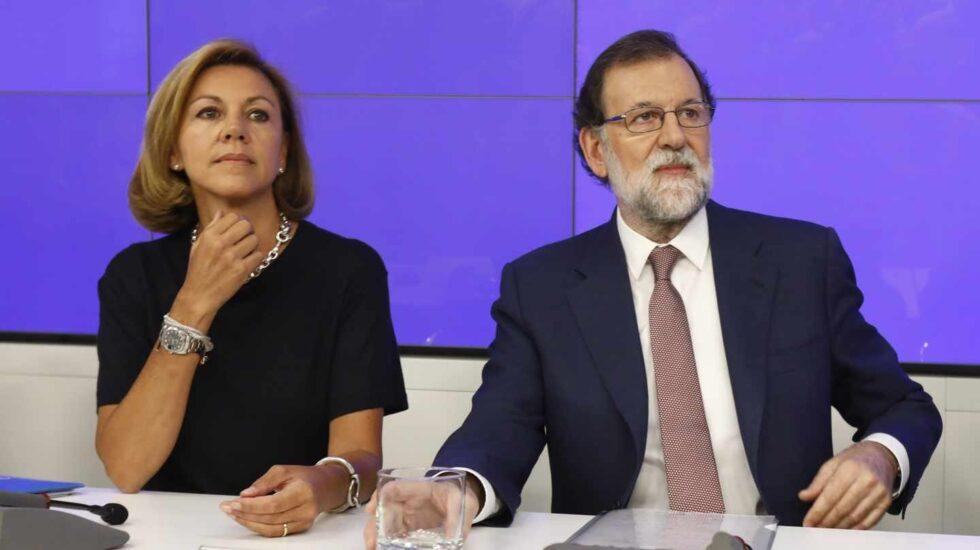 María Dolores de Cospedal y Mariano Rajoy, en una junta directiva del PP.