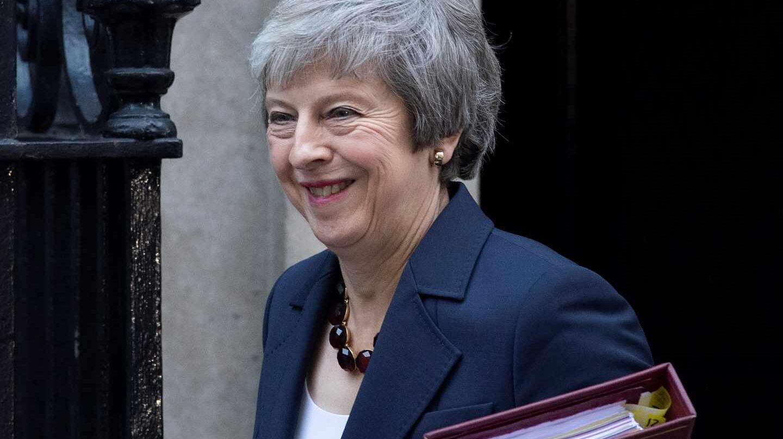 La primera ministra británica, Theresa May, poco antes de la crucial reunión de su gabinete
