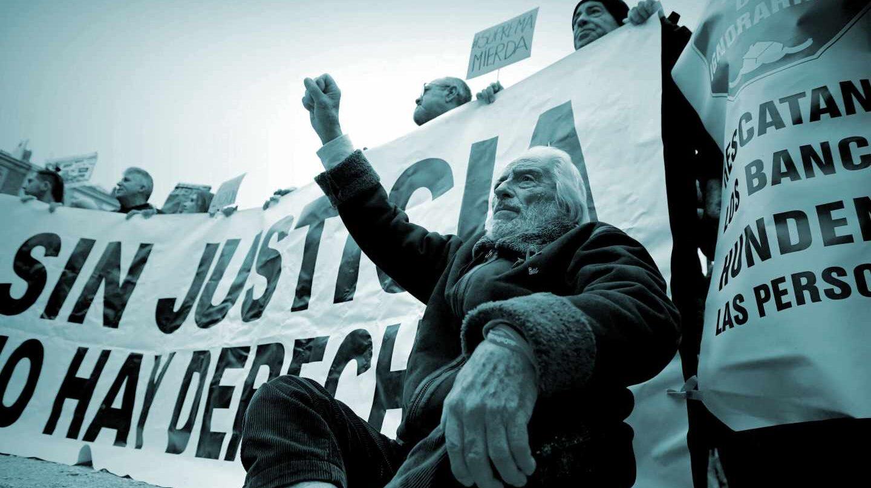 Manifestación ante la sede del Supremo en Madrid para protestar contra la sentencia de las hipotecas.