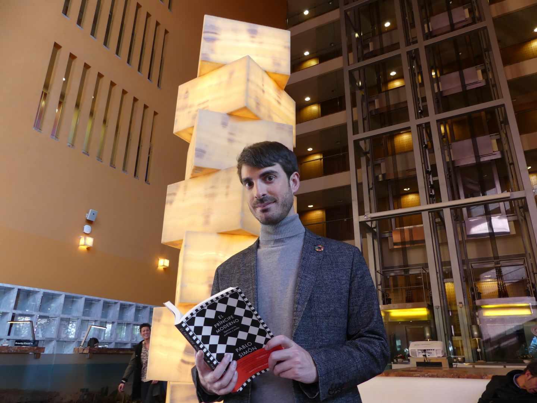 El politólogo Pablo Simón durante la presentación de 'El príncipe moderno' en Bilbao.